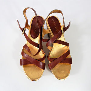Audrey Brooke Leather Sandal Wedge Size 9.5 #S68